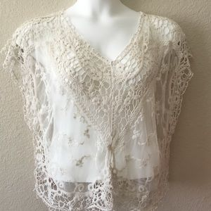 Vivid Importers Of NY Crochet and Lace Blouse
